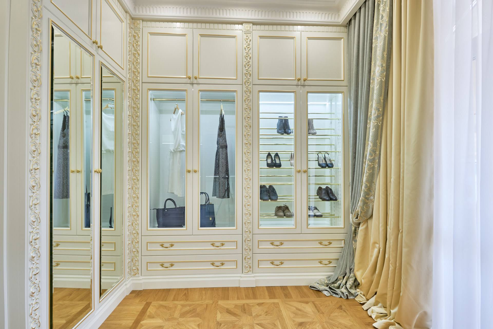 Dressing room in a classic interior