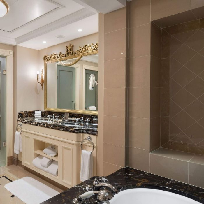Bathroom — Fairmont Grand Hotel